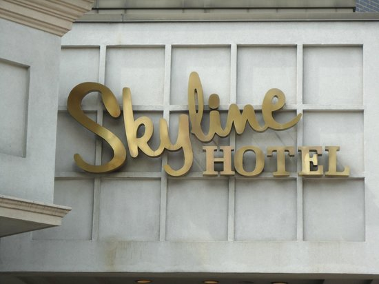Skyline Hotel New York