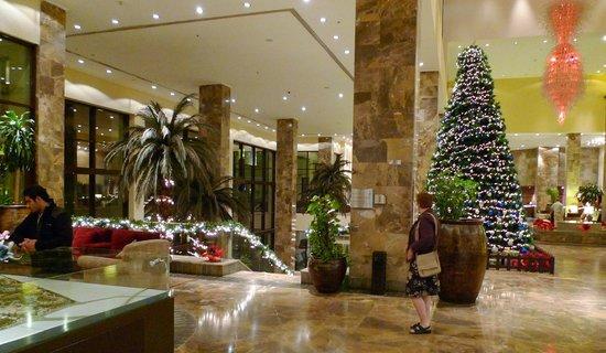 InterContinental Aqaba Resort: Hotellets lobby i december