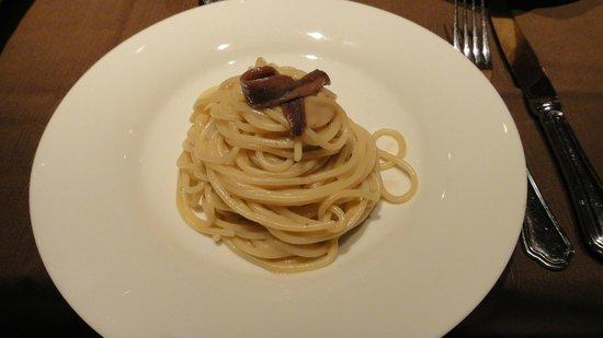 Palazzina G: Spaghetti alle alici