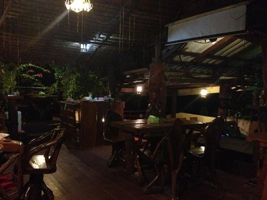 Nai Yang Seafood: Inside
