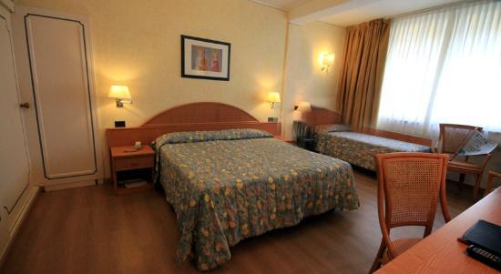 Raffaelli Park Hotel: camera tripla