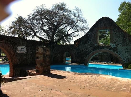 Hotel Hacienda Cocoyoc: alberca