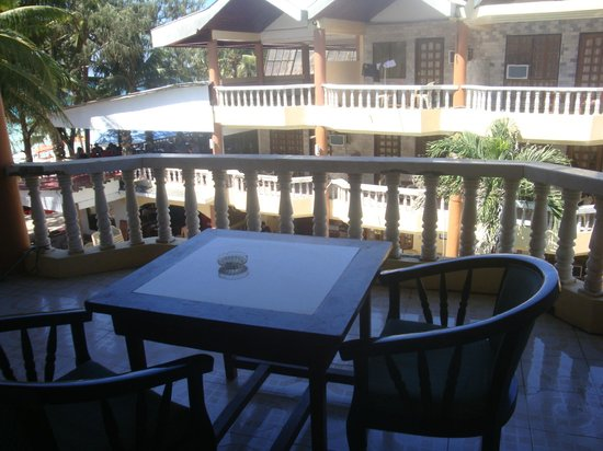 Boracay Peninsula Resort: balcony