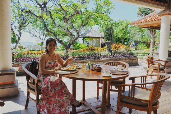 ‪‪Ayodya Resort Bali‬: Dining at the Lounge