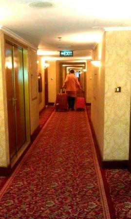 Ambhara Hotel: 12
