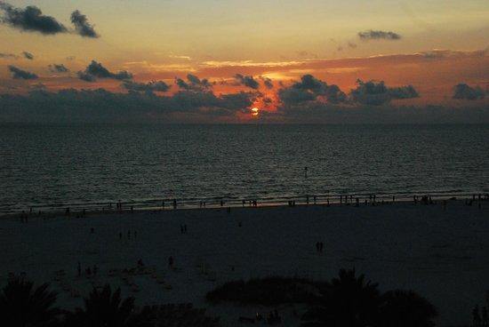 Sandpearl Resort: Sunset on the Beach at Sandpearl Resor
