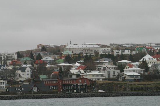 Port of Hafnarfjordur: View at Hafnarfjördur from harbour walkway