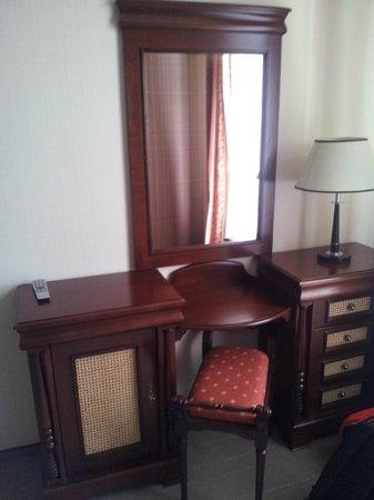 Levoslav House: room2