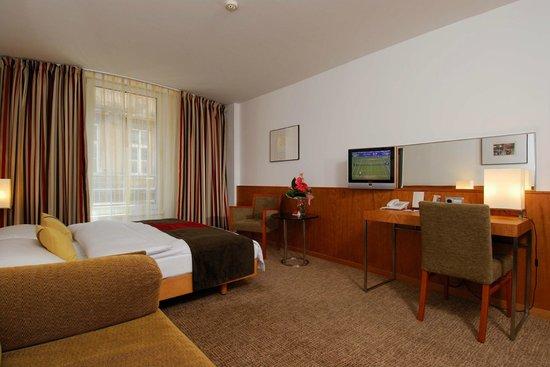 K+K Hotel Opera: Guest Room