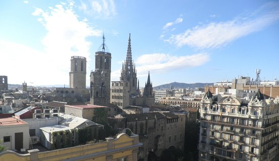 H10 Montcada Boutique Hotel: view from roof top terrace