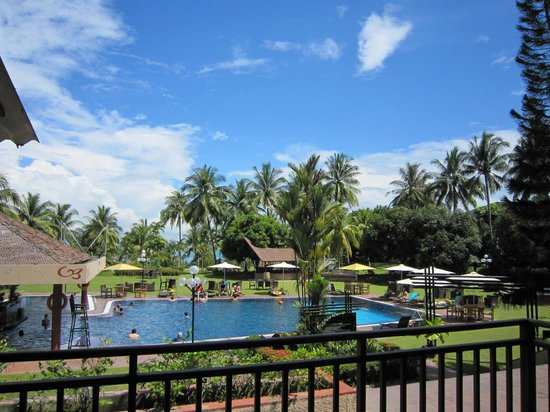 Batam View Beach Resort: Pool