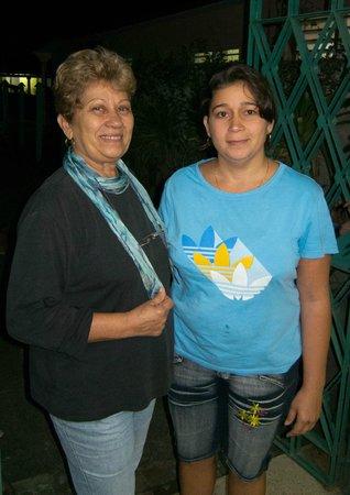 """Casa Particular """"Villa El Coral"""": Manuela und Tochter Danay, Villa El Coral"""