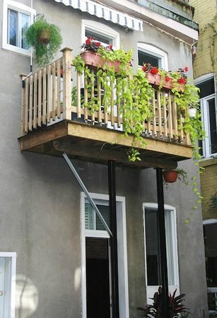 Le Gite: Balcon cuisine, kitchen balcony