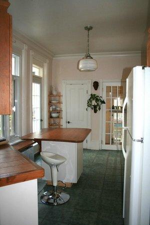 Le Gite: Kitchen, cuisine