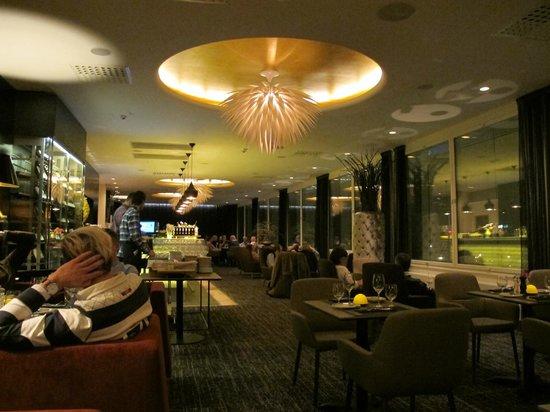 Clarion Hotel Arlanda Airport: Marcus Samuelsson's Kitchen & Table