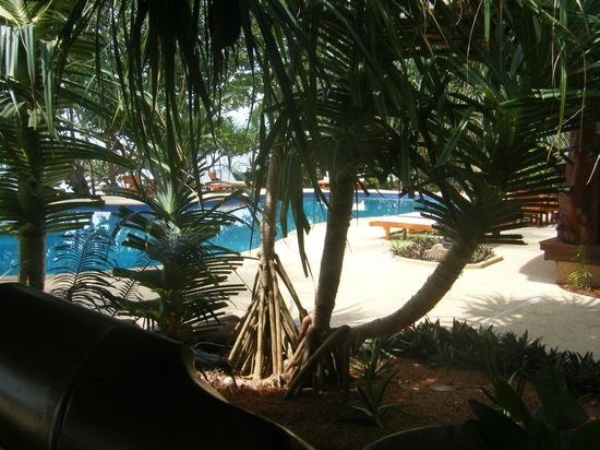 Koh Jum Beach Villas: Pool