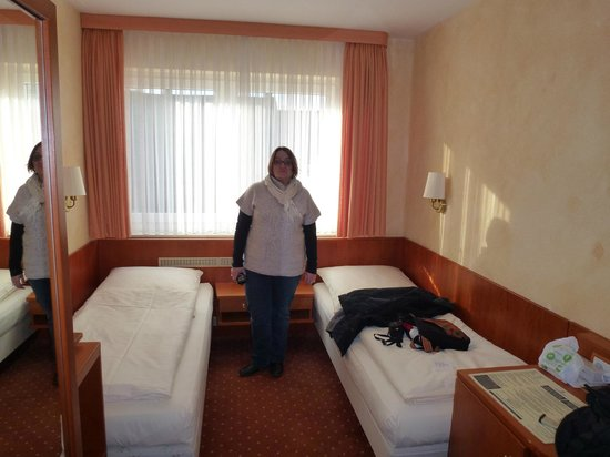 Central Hotel: Chambre 2 personnes