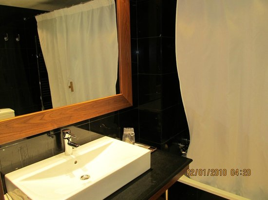 Catalonia Ramblas: the new modern bathroom