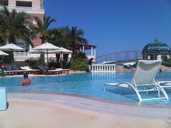 Monte-Carlo Bay & Resort: Zwembad