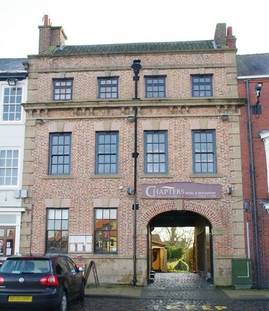 Chapters Hotel and Restaurant: Chapters on the High Street