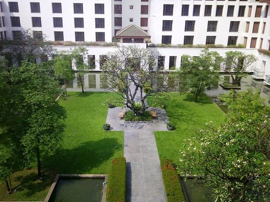 The Sukhothai Bangkok: The inner garden from my window