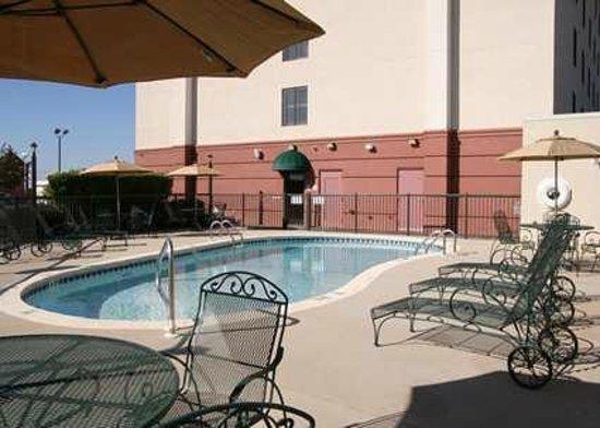 Hampton Inn Columbus North Hotels In Georgia Pool