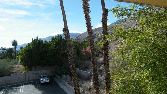 Vagabond Inn Palm Springs: view of mountains