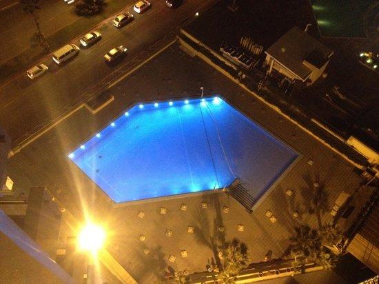 Dan Panorama Tel Aviv: piscina dell'hotel