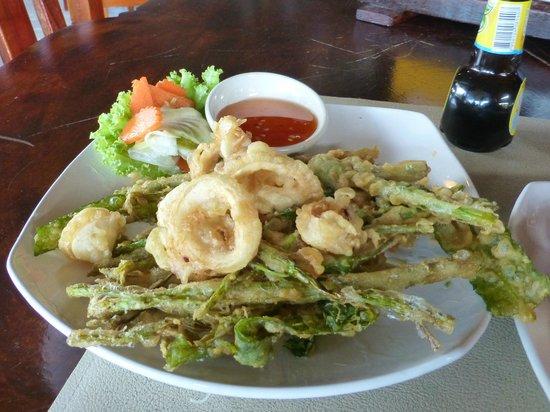 Phulay: fried calamari