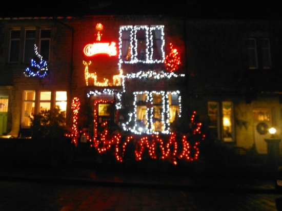 Ye Sleeping House: Festive decorations (external)