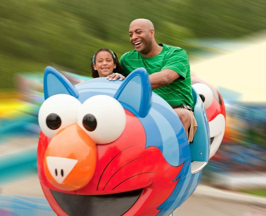 Langhorne, PA: Enjoy Whirling Rides!