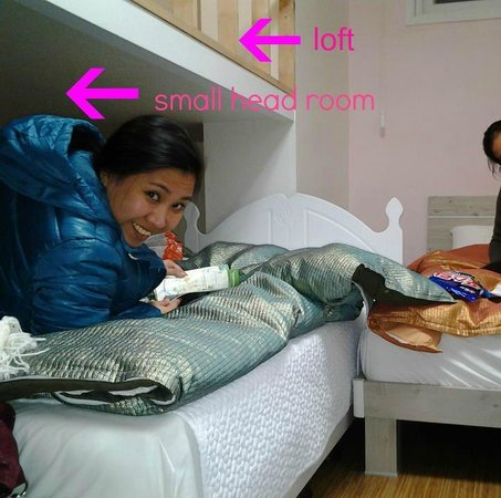 Mama Guesthouse Myeongdong: my bed under the loft