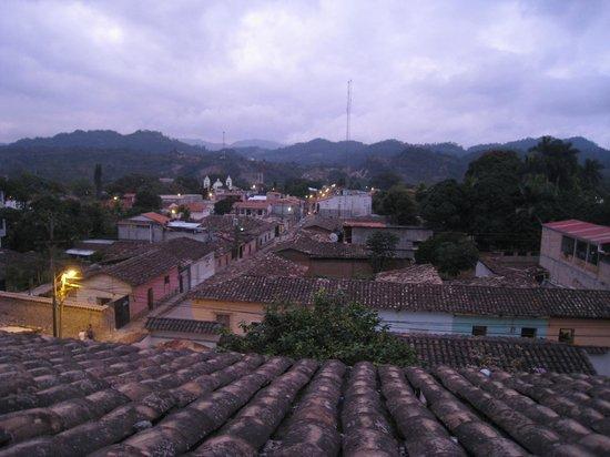 Hotel & Restaurant Guancascos: vue de la chambre n°14