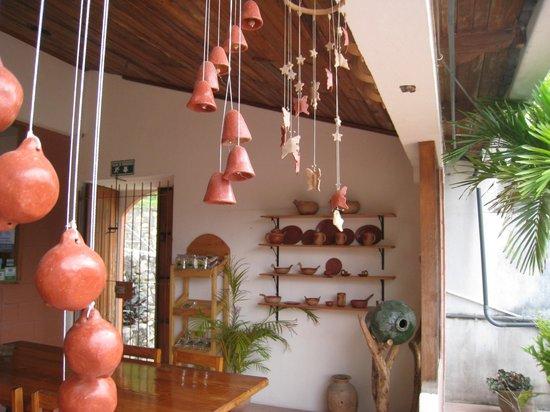 Hotel & Restaurant Guancascos: décorations de la salle à manger