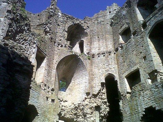 Nunney Castle: Castle interior