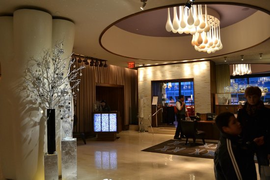 Renaissance New York Times Square Hotel: Looby