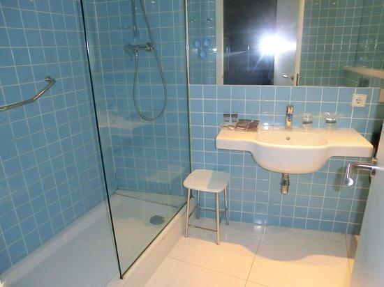 Catalonia Avinyo: baño