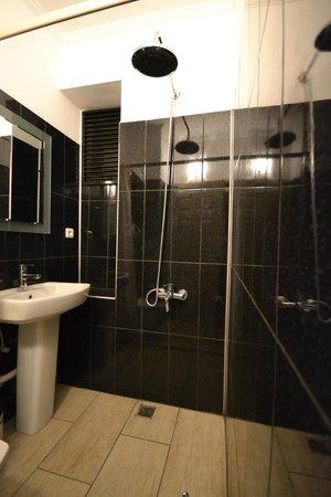 Hippodrome Apartment: room13