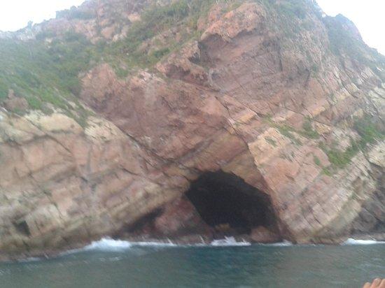 Hotel Playa Mazatlan: Cuevas alrededor del mar Sept 2012