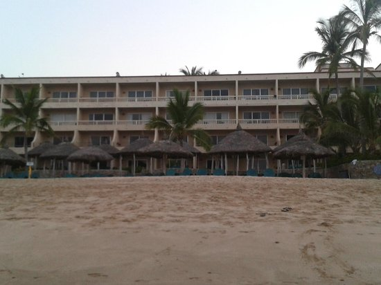 هوتل بلايا مازاتلان: Vista del Hotel desde el mar Sept 2012