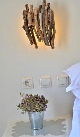 Portes Houses: Διακοσμητικα στοιχεια του δωματιου