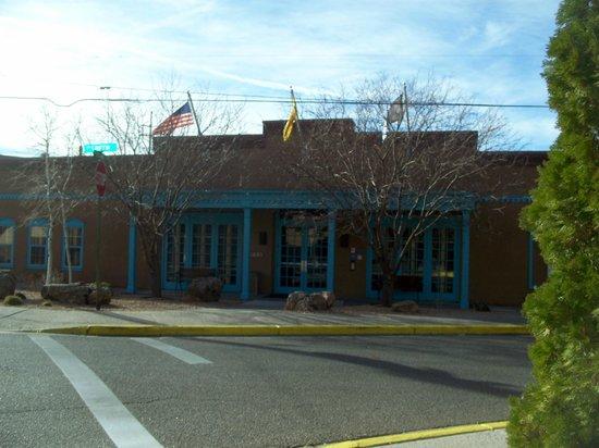 Villas de Santa Fe: Hotel exterior / clubhouse 