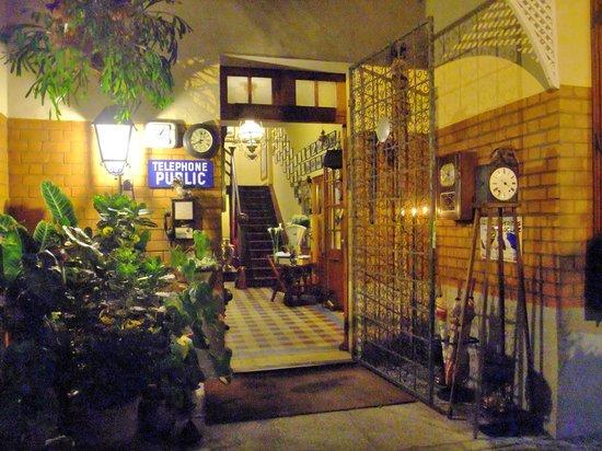Entrance to La Varangue