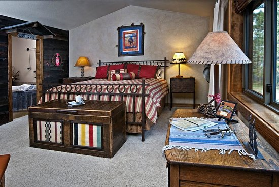 Blue Spruce Bed and Breakfast: Ponderosa Suite