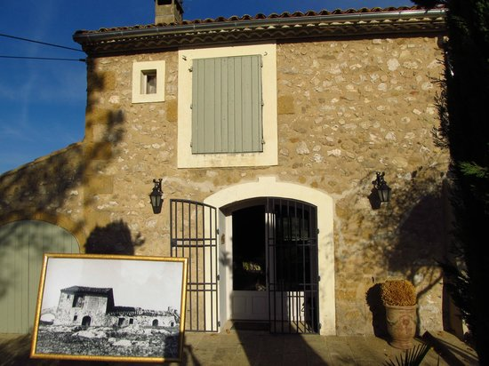 Le Temps des Olives: The original building is from the 1600s....