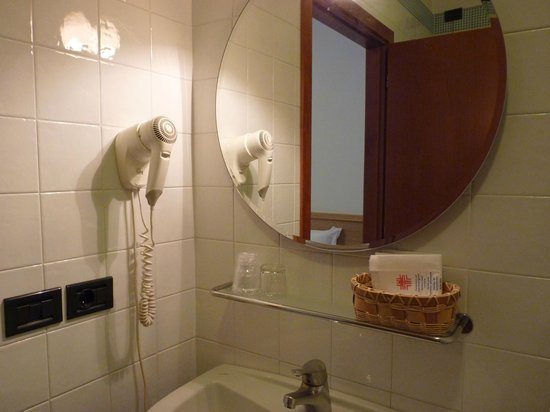Best Western Titian Inn Hotel Venice Airport: Baño