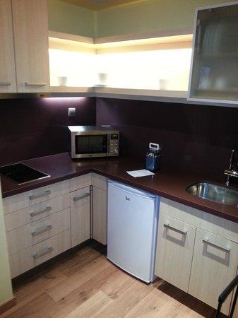 Suites Gran Via 44: cocina