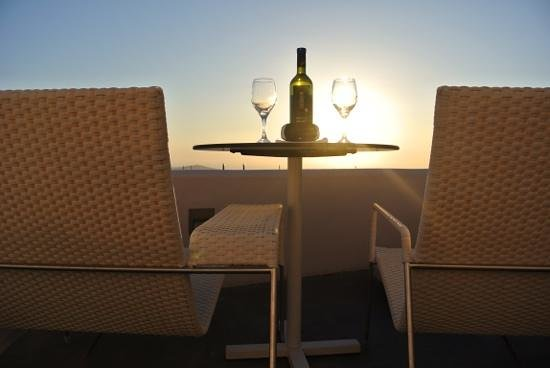 Galaxy Suites & Spa: Aperitivo al tramonto dalla Suite 22