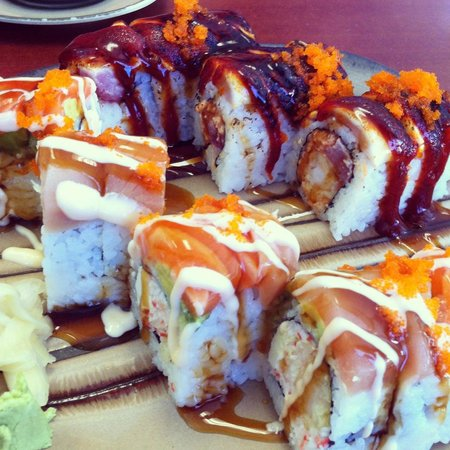 Tokyo Express : Naruto and Playboy Rolls!