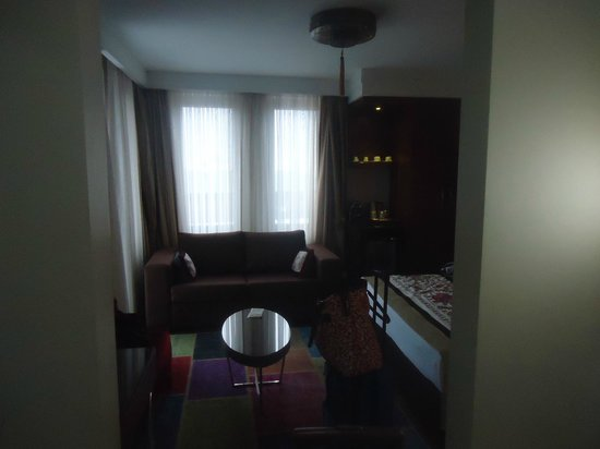 Azade Suites: jr suite with balcony